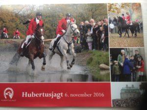 Informativ brochure deles ud ved de røde låger på vej ind til Dyrehaven. 1. etape starter ved Peter Lieps Hus kl. 10.00